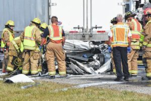 Man dies in 3-vehicle crash in Van Wert County