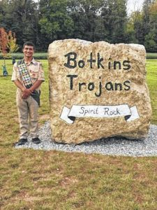 Eagle Scout gives spirit rock to school