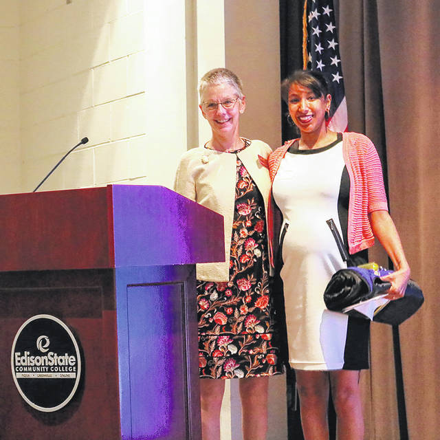 Taylor Adami is recognized by Edison State President Dr. Doreen Larson following her address to Edison State Community College students and their families during the Edison Foundation's annual scholarship banquet.