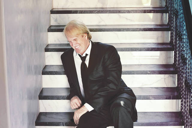 John Tesh will headline the Holiday Evening at Edison State Wednesday in Piqua.