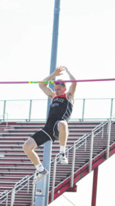 Div. II regional track: Versailles' Shellhaas, Jones qualify for state