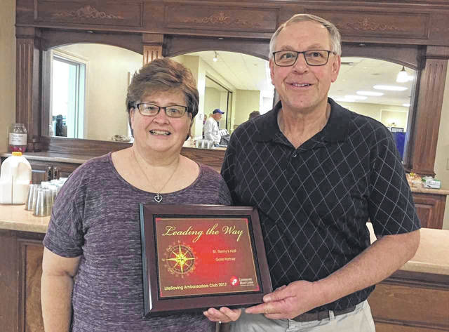 The 2017 Platinum LifeSaving Ambassadors Club Award was awarded to coordinators Betty and Carl York. Platinum is CBC's highest honor for achieving 100 percent or higher of blood drive collection goals.